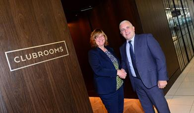 Exclusive lounge 'Clubrooms' opens at Birmingham Airport